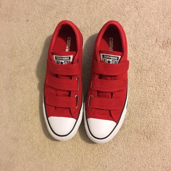 690fd462092 Red Velcro Strap Converse